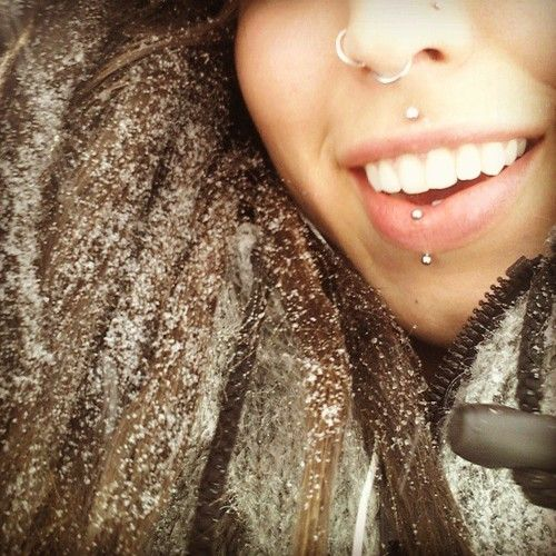 1000 ideas about double nose piercing on pinterest nose piercings piercings and double nose ring. Black Bedroom Furniture Sets. Home Design Ideas