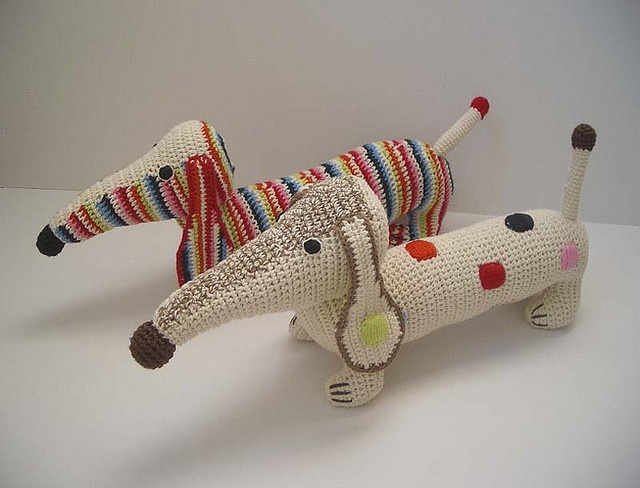 Petit Dachshund by Anne Claire: Hand crocheted of organic cotton.   http://www.anneclairepetit.nl/ #crochet #toys #animals