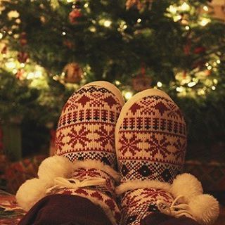"""🎁   Wednesday August 31st, 2016   - ✨🎄""""It's the most wonderful time of the year. There'll be much mistletoeing, and hearts will be glowing, when loved ones are near. It's the most wonderful time of the year.""""🎄✨ - 116 Sleeps 'Til Christmas!🎅🏻 - QOTD: Are you excited for the ber months?🌲🎃🍂❄️ AOTD: YES! #christmas #christmastree #christmasgift"""