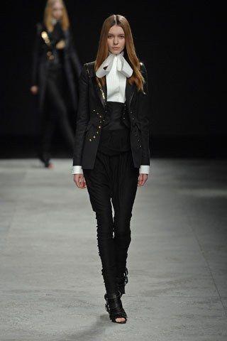 Givenchy Spring 2008 Couture Collection Photos   Vogue