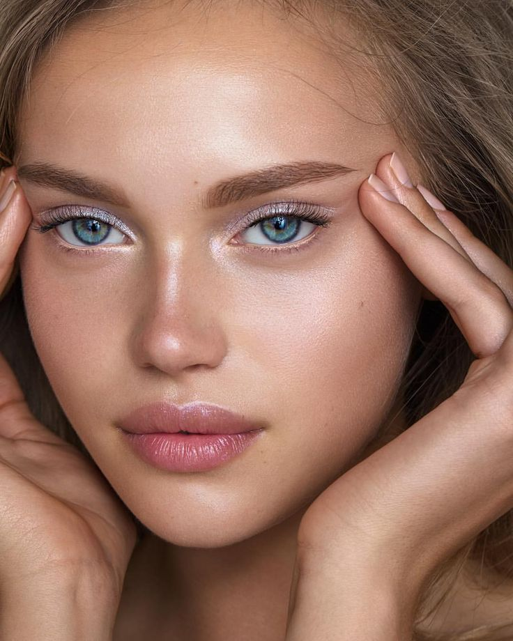 как сделать кожу естественной на фото часто помощью