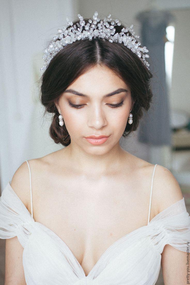 Купить Свадебный венок из бисера для волос. Венок на голову для невесты - серебряный, венок, из бисера, из кристаллов