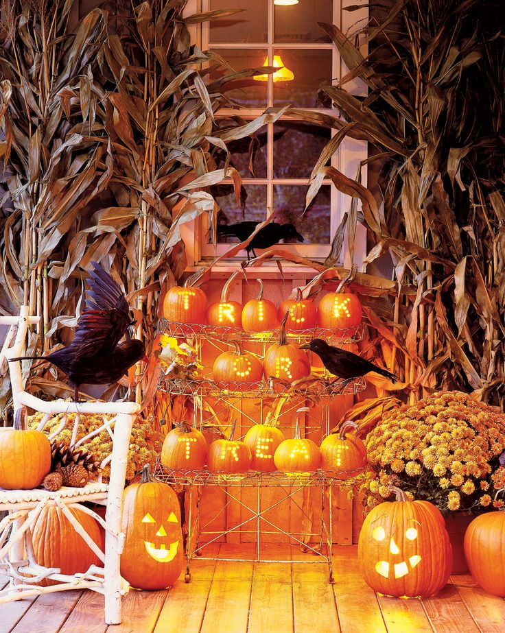 25 Creative Ways To Decorate Your Home With Pumpkins This Fall