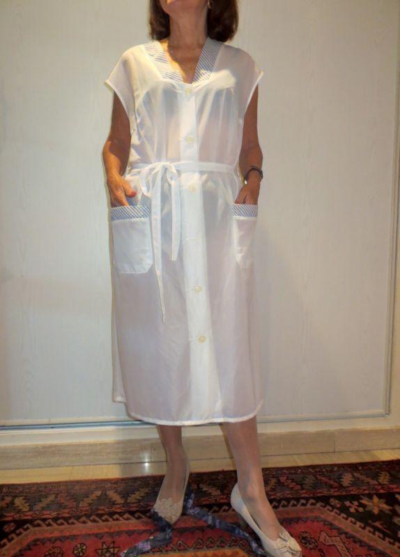 Blouse nylon kittel (N1) T48 blanche, nylon micro aéré, transparent.