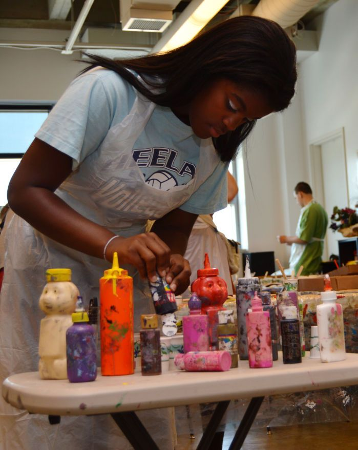 An Artist's Assistant: Teen volunteers 1,500 hours at the Sioux City Art Center.