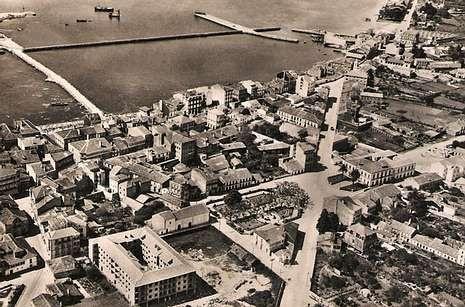 Nos anos 50 do s.XX a trama urbana xa estaba configurada pero sen o recheo.