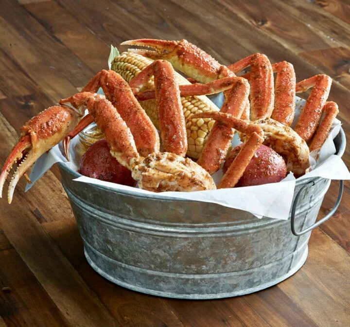 Joe's Crab Shack: Queen Crab Bucket (tastes like snow but legs are bigger)