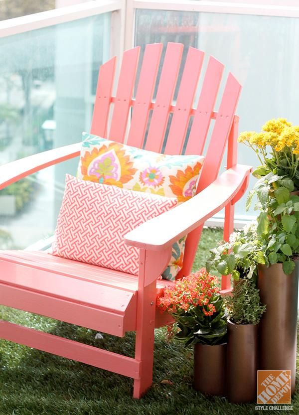 Decorating Patios with Adirondack Chairs