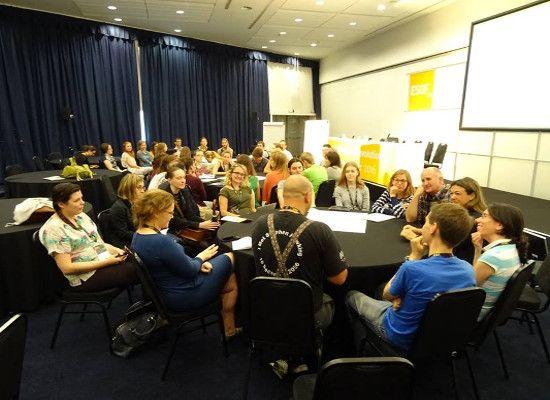 """02-08-16 Το Υπουργείο Παιδείας στο διεθνές συνέδριο """"ESOF"""" για τη βιωματική διδασκαλία των θετικών επιστημών    02-08-16 Το Υπουργείο Παιδείας στο διεθνές συνέδριο """"ESOF"""" για τη βιωματική διδασκαλία των θετικών επιστημών  Το Υπουργείο Παιδείας Έρευνας και Θρησκευμάτων συμμετείχε στις εργασίες του Διεθνούς Συνεδρίου 2016 EuroScience Open Forum (ESOF) στo Manchester (Manchester Central Convention Complex) ως εταίρος του ευρωπαϊκού έργου Make Science Real in Schools  MARCH με την παρουσίαση…"""