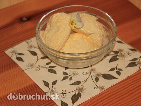 Domáca vanilková zmrzlina