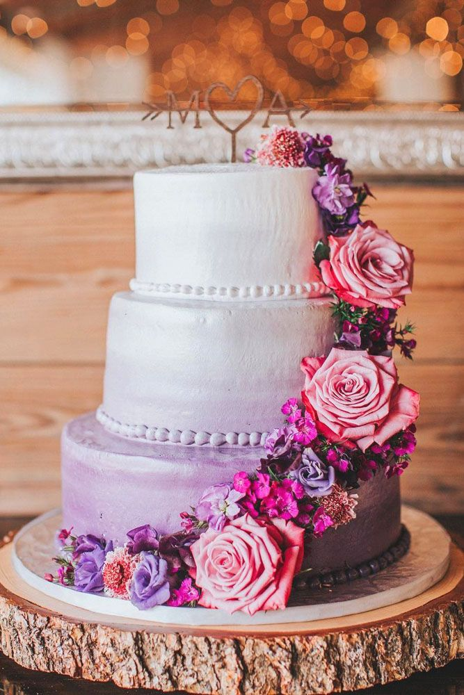 The Most Popular Wedding Color Trends For 2017 ❤ See more: http://www.weddingforward.com/wedding-color-trends/ #wedding #color #trends #cakes