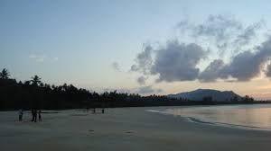 Wisata Menarik Pantai Tebung Serasan – Pulau serasan merupakan salah satu pulau di gugusan kabupaten Natuna, kepulauan Riau yang memiliki keindahan alam yang sangat mempesona.