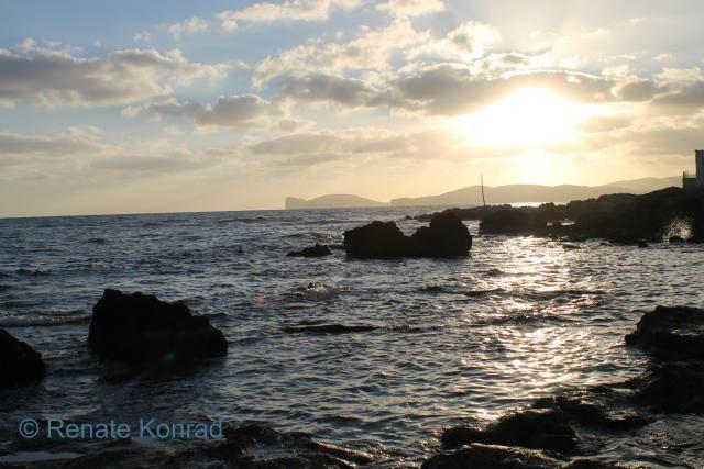 Alghero, NW-Sardinië > Wat dacht je van uit eten met dit uitzicht?