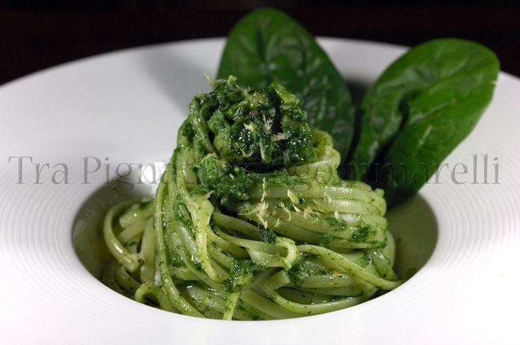 Tra Pignatte e Sgommarelli: Le mie ricette - Linguine con coda di rospo e passata di spinaci, al profumo di limone