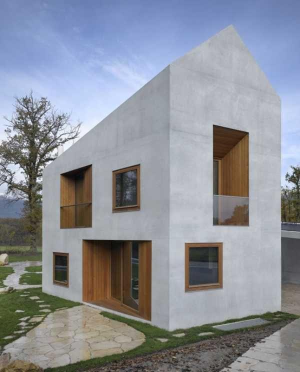 Dům nejvíce zaujme svou netradiční geometrií, především šestiúhelníkovým půdorysem #bydlení #dům #house