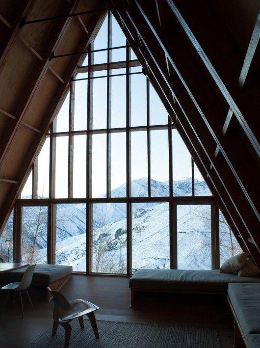 La Leonera Mountain Retreat / Nicolas del Rio