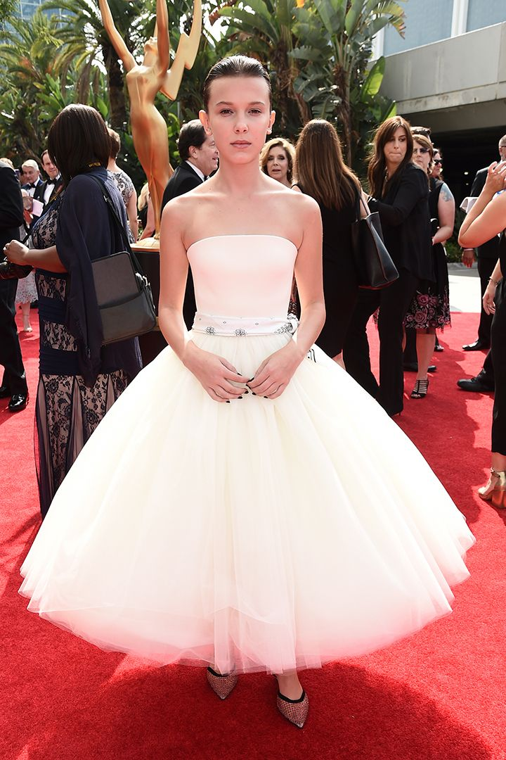 Premios Emmy 2017: la alfombra roja al completo - StyleLovely