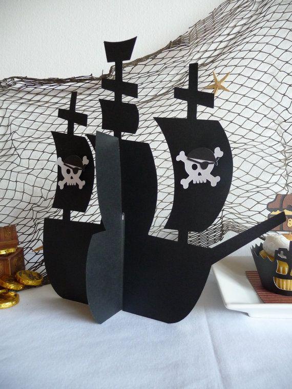 Pirate Ship pièce maîtresse 3D avec des crânes Pour décorations de fête anniversaire Pirate