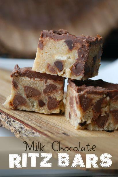 Milk Chocolate Ritz Bars - 3 ingredients (sweet condensed milk, Ritz crackers, chocolate chips)