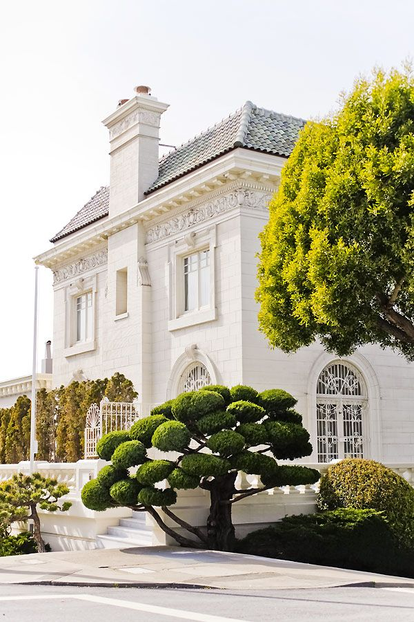 San Francisco Pacific Heights mansion.