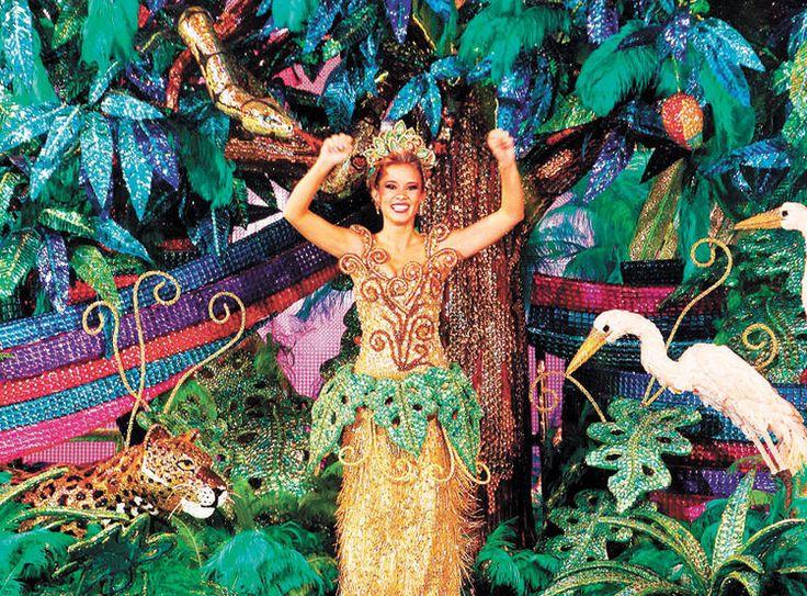 "2014 - Roxana del Rio / Traje ""Paraiso Terrenal"" / Confección: Kenny Gutierrez / Comparsa Coronadora: Fachas"