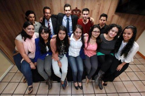 Estudiantes de la UdeG ganan concurso internacional por asesoría a grupos étnicos de Jalisco