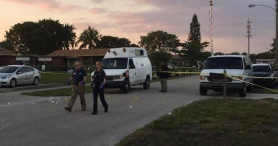 Boynton Beach shooting: 4 adults 1 child shot outside home #news #alternativenews