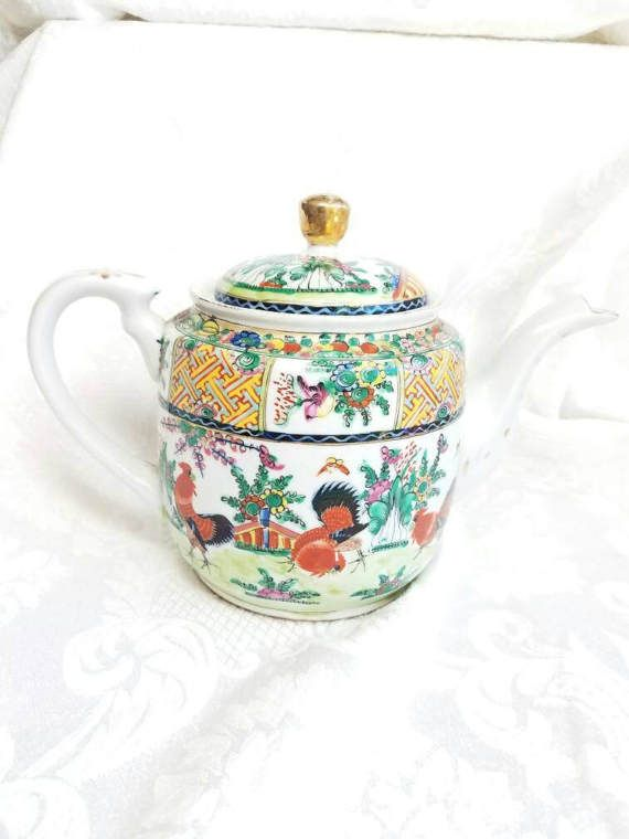 Hand painted Chin Dynasty Happiness Teapot Vintage Chinese