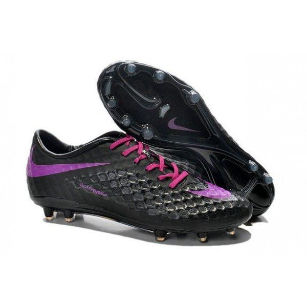 Imitant la forme du pied, la chaussure de football Hypervenom Phantom est fabriquée pour un ajustement comme dans un gant avec une semelle matelassée qui réduit la pression des crampons. - 96.0000