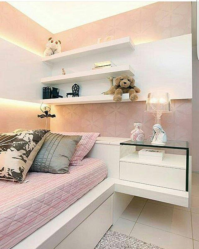 Me falem se não é uma lindeza esse quarto.  Via @decorbabyandkids Projeto Mayara Viana e Rita Braga