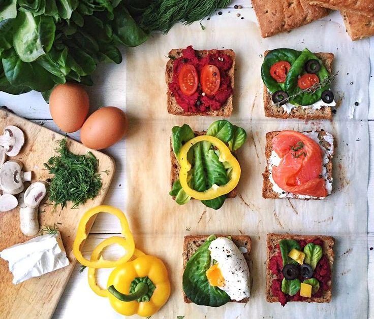 Полезный #сэндвич #без_вреда для фигуры. Для основы всегда используйте цельнозерновой или ржаной #хлеб. Научно доказано, что именно эти сорта полезны для здоровья, не вредят фигуре (если, конечно, вписываются в рамки вашего дневного #бжу). Также можно использовать #хлебцы из гречки или бурого риса. Вместо сливочного масла можно использовать: - пасту из #авокадо или же тонкий ломтик - #сыр нежирных сортов с классическим йогуртом, смешанный в блендере -#творог, смешанный с классическим…