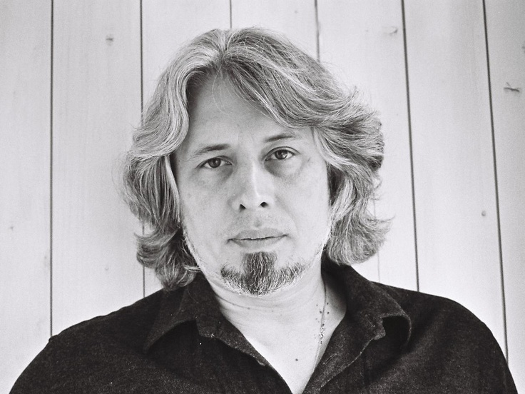 Vladimir Sorokin war 1998 der erste Samuel Fischer Gastprofessor für Literatur an der Freien Universität Berlin. Aus Anlass des 15-jährigen Jubiläums liest Sorokin am 4. Juni 2013 im Berliner Ensemble!