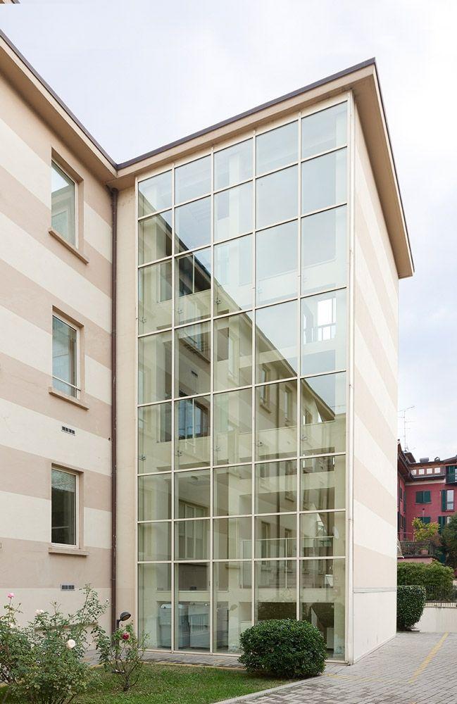 Manerba arredi per ufficio di design @ #LouisVuitton Milano