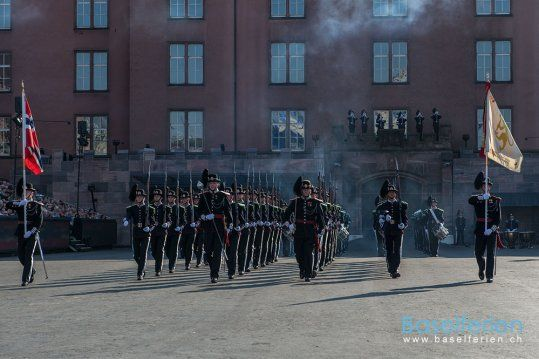 #Basel Tattoo 2013 - His Majesty The King's Guard Band & Drill Team, Norwegen