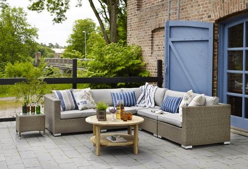 Ninja soffgrupp – Ninja soffgrupp i naturfärgad konstrotting. Går nu även att få med soffbord i teak! Utemöbler, trädgårdsmöbler, Outdoor furniture.