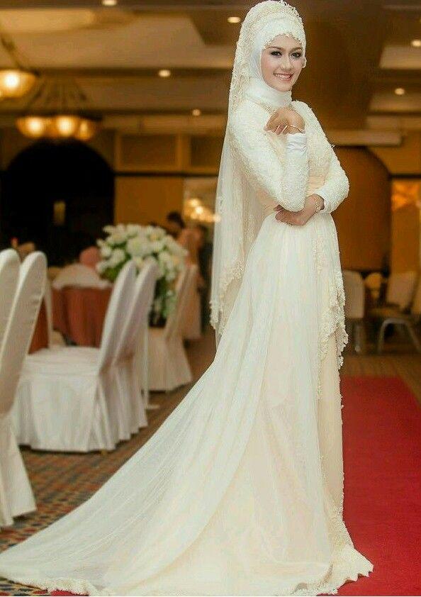 Pin By Hani Taqdeee On The Choice Wedding Dresses Muslim Wedding Dresses Dresses
