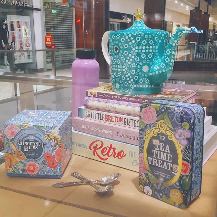 A lovely little Mother's Day vignette at @westfieldbelconnen. Crushing on that divine @t2tea teapot!   #stylist #aw17 #color #cbr #visitcanberra #westfield #style #visualmerchandising #vm #display #retail #windowdisplay #styling #store #love #visualmerchandiser #merchandising #work #retaildesign #shopping #marketing #shopdisplay #stylist #visualdisplay #designer #lovemyjob #pastel #tea #merch #retaildisplay #retail #mothersday
