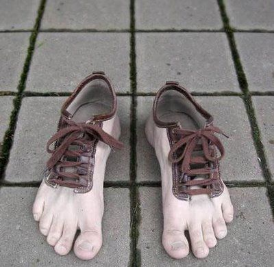 Crazy Shoes: How about some feet to wear on your feet?