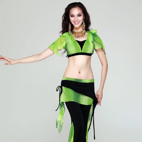 Яркий и необычный тренировочный костюм для танца живота состоит из короткого топа и брюк, декорированных короткой юбкой.   Пояс для танца живота в комплект не входит.   Длина брюк - 95 см, обхват талии - 66-85 см (тянется).