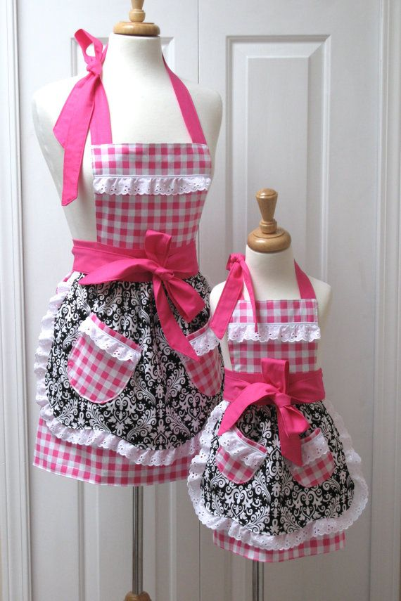 SO MAKING THIS FOR MY PRINCESS & I! Reversible mommy and me aprons.