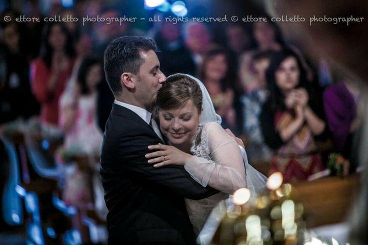 Quando l'emozione prende il sopravvento è difficile trattenersi!  Foto matrimonio 2014