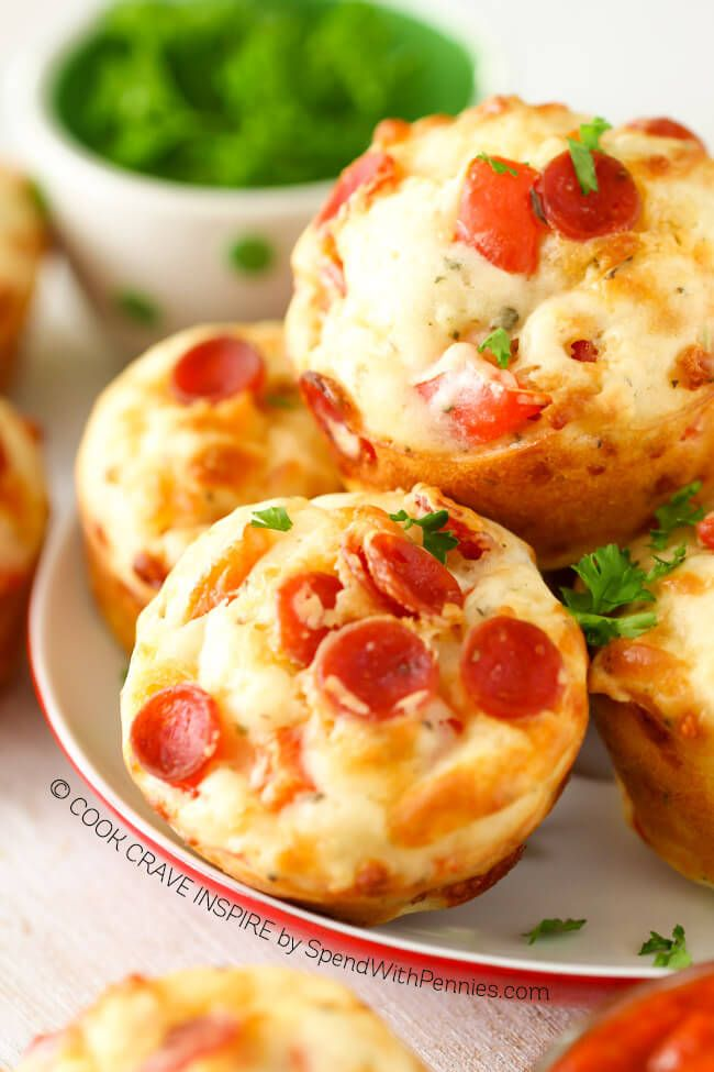 Easy Cheesy Pepperoni Pizza Puffs by SpendWithPennies.com! The perfect snack or lunch box addition! Add your favorite toppings to make these your own!