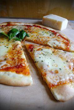 Pizza Napoletana - Recette Authentique Italienne | 196 flavors                                                                                                                                                                                 Plus