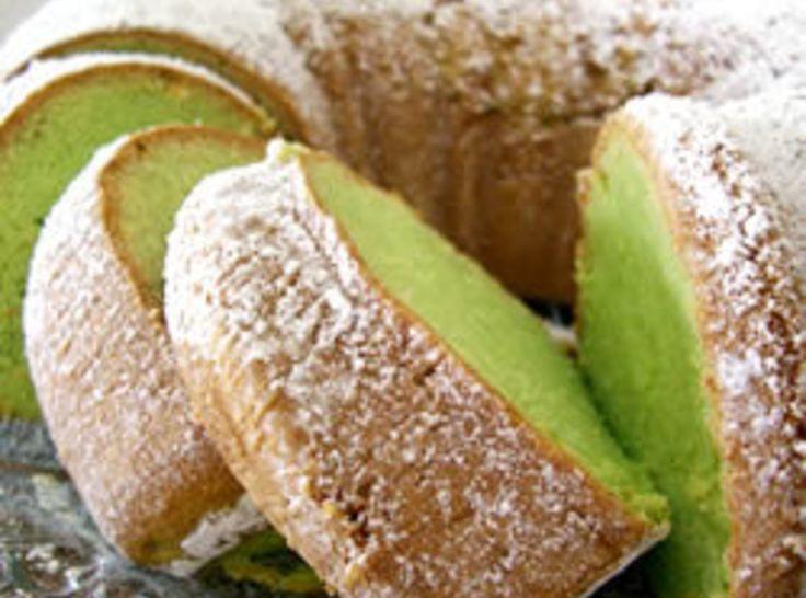 St. Patrick's Pistachio Bundt Cake