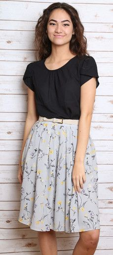 Cute modest, professional outfit | Work attire | Teacher clothing
