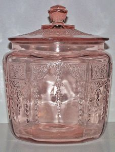 Princess Pink Biscuit Jar Depression Glass.  Made by Hocking Glass Company 1931 to 1935.