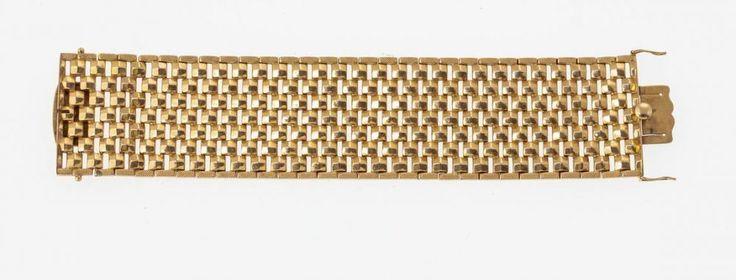Armband GG, 750. Breite Glieder mit Stabelementen in quadratischer Struktur, durchbrochene, verstec — Edler Schmuck