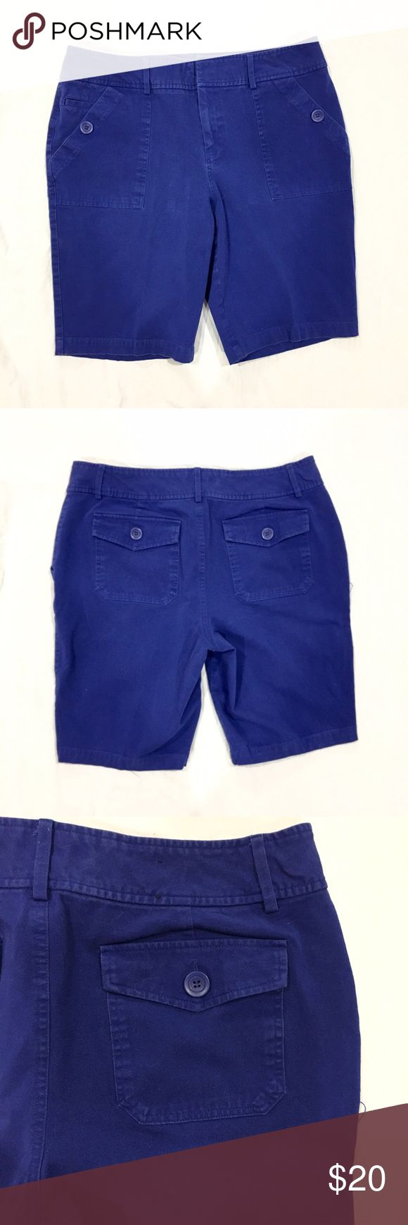 "INC blue Bermuda shorts Royal blue colored Bermuda shorts. Has buttoned pockets in the front and the back. Material content is 94% cotton and 6% spandex. Length: 19"", inseam: 10 1/2"", rise: 10"", waist: 17"" across. In great condition. Feel free to make me a reasonable offer 💕 INC International Concepts Shorts Bermudas"