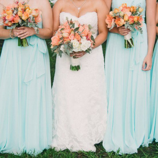Charming late Summer Wedding in Charleston, SC with a mint color palette and peach, orange and pink details!