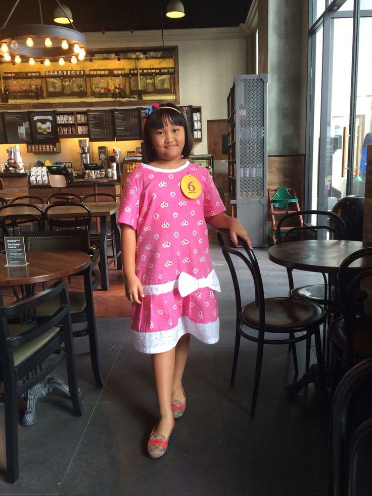 A Jumputan dress specialy made for Amanda #sewing #batik #jumputan